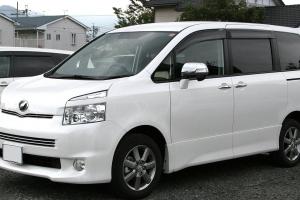トヨタヴォクシー70系